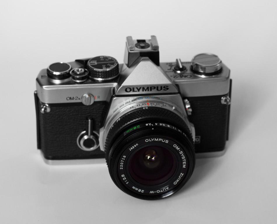 OM-2n + Zuiko 28mm f2.8